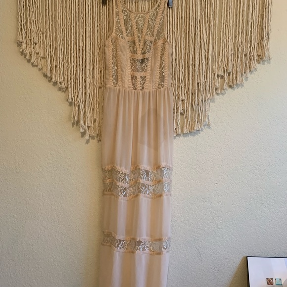 Astr Dresses & Skirts - Sheer Lace ASTR Gown